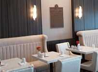 downtown edmonton hotel restaurant lounge